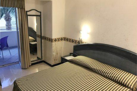 hotel-baiadellesirene-ischia-camera1