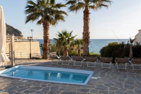 hotel-baiadellesirene-ischia-piscine3